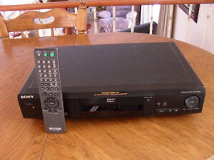 Vintage SONY DVD Player DVP-S330