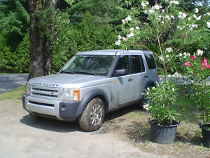 2005 Land Rover LR3 SUV, Crossover runs great 4.4L West Island Greater Montréal image 1