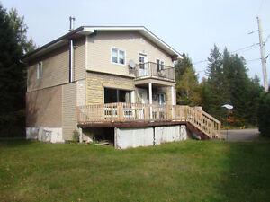 Cottage situé près des pistes de ski de Mont-Tremblant