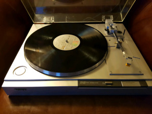 Sony Direct Drive Stereo Turntable Record Player