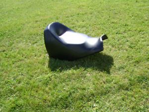 ***2 UP SEAT TO FIT REV CHASSIS SKI-DOO***