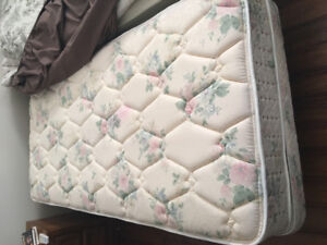 Electric Adjustable Bed***REDUCED