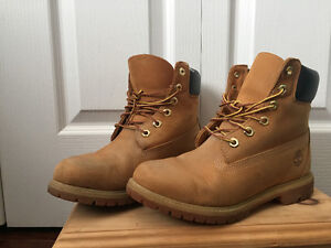 Good condition timberlands Kawartha Lakes Peterborough Area image 1