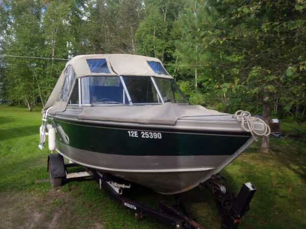 Used 2002 Lund Boat Co 2000se