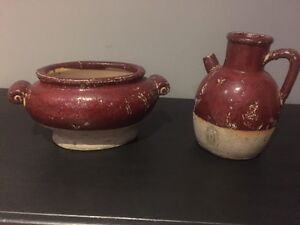 Heavy clay like pot and pitch decor