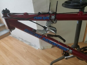 """X-Small (13.5"""") Rocky Mountian Thin Air Frame + Parts"""