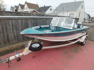 Smoker Craft 17' Powerboat set with motor and trailer