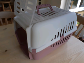 Cat carrier, good condition