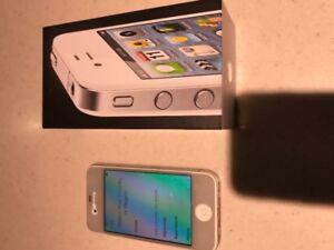 iPhone 4 telus w box