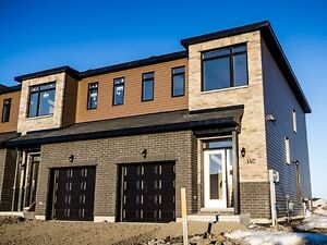 Impeccable 2 Storey Townhouse - February 1st !