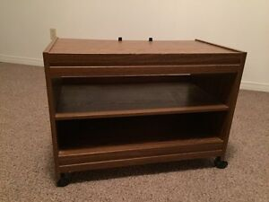 Retro TV stand for sale West Island Greater Montréal image 1