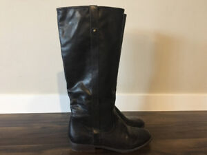 Women's American Eagle fashion boots, size 11