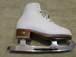 Riedell Figure Skates Size 3