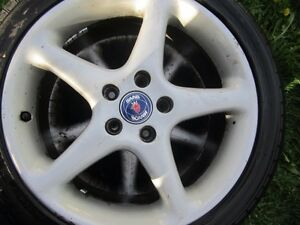 Low profile Saab rims with tires