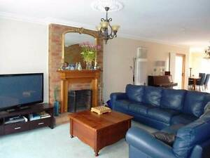 Lovely Bright Townhouse, fully furnished including linen Geelong Geelong City Preview