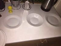 Set of 4 dishes glasses and mugs set
