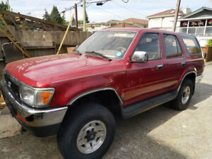 ONLY 140,000kms! 1994 Toyota 4Runner SR5 4X4