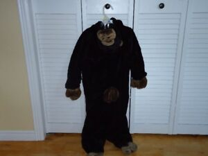 Ape Costume, chid size 3/4.