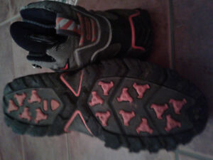 Nike Hiking Boots Hiking Shoes size 9