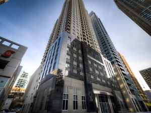 Premium Furnished 1 bed+den high floor in new YORKVILLE building