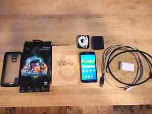 Samsung Galaxy S5 phone in perfect working condition.