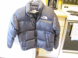 North Face 700 noir Small