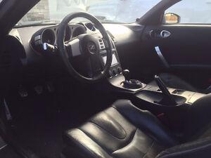 Nissan 350Z Coupe (2 door)
