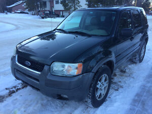 2004 Ford Escape XLT Limited 3L V6 (Needs repairs)