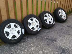 225/65/16r goodyear allegra touring fuel max and rims