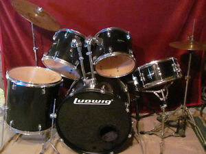 FOR SALE - LUDWIG DRUM KIT