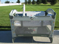 Graco Playpen, like new condition