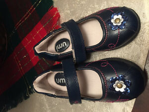 High quality girls Umi shoes sz 8