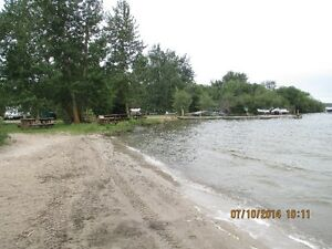 Lake front cabin rentals  and Seasonal sites Lac Ste Anne