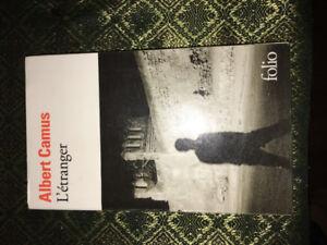 L'Etranger Albert Camus Roman secondaire