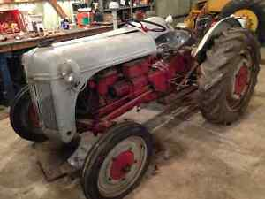 Ford Ferguson 2N Tractor - Great Compact Tractor Windsor Region Ontario image 1