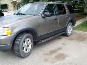 2003 Ford Explorer XLT SUV, Crossover V8 auto