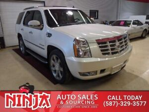 2011 Cadillac Escalade Luxury  Loaded 8 Pass And Low Km