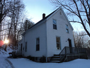 92 Gaspereau Ave Wolfville- Dog friendly house for rent