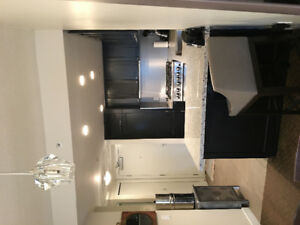 Yaletown 2Bed 2 Bath plus Den