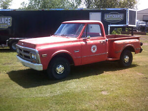 1970 GMC Short Bed Stepside 2WD Truck