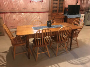 Antique Pine Harvest Table & Matching Hutch - Not Reproduction
