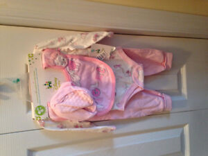 Baby girl 4 piece pink piglet outfit set