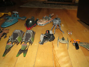 LOT OF STAR WARS SHIPS AND VEHICLES FOR SALE Peterborough Peterborough Area image 3