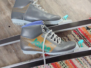 Xcountry Skis and Boots Adult size 8