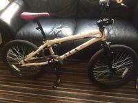 Bike - mongoose subject bmx