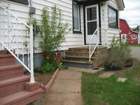Duplex close to champlain mall utilities included
