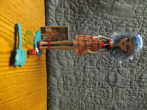 Monster High Dolls-Great shape and has all clothes/accessories Moose Jaw Regina Area image 6