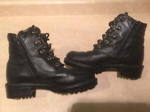 Women's Siberian Husky Black Leather Winter Boots Size 9 London Ontario image 6