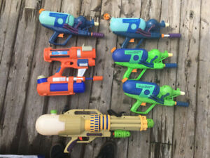 Water guns and super soakers