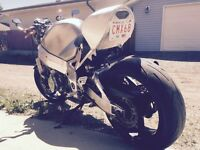 ***REDUCED AGAIN*** FULLY CUSTOMIZED GSX-R1000 STREETFIGHTER***